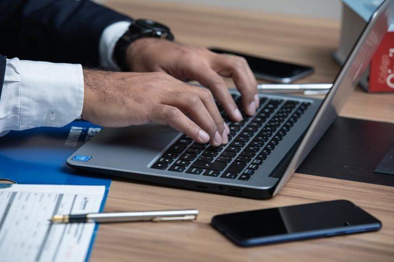 Pomoc prawna w przypadku zadłużenia firmy